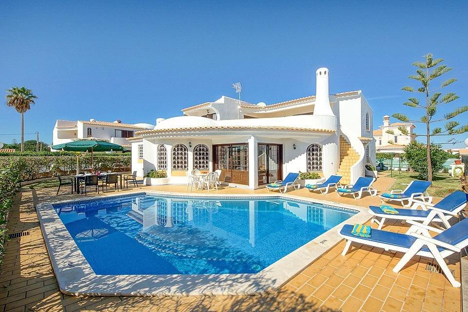 купить дом в греции на берегу моря дешево