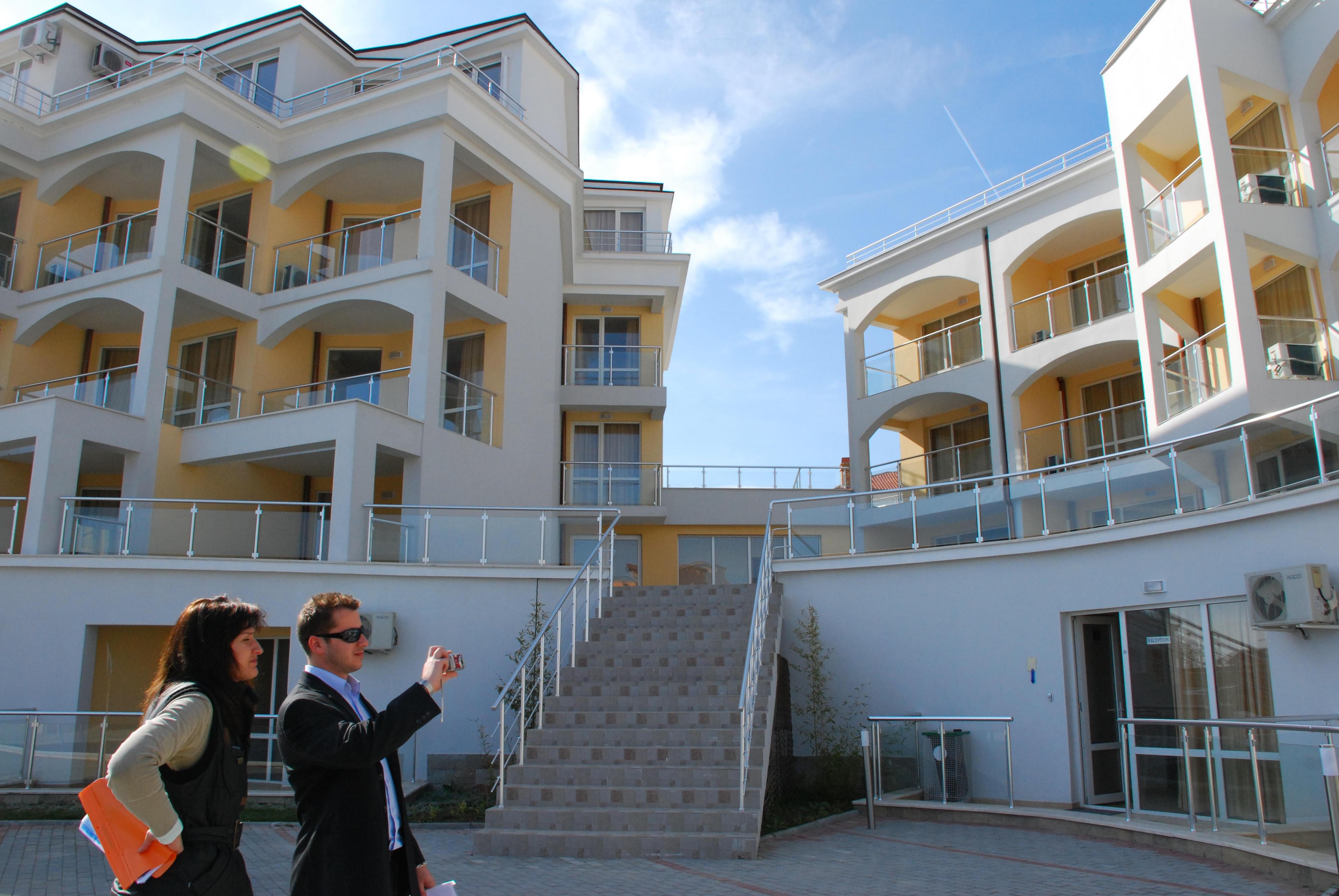 Можно ли покупать недвижимость в залоге у банка
