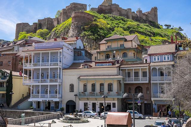 Цены на жилье в тбилиси насер сквер дубай отзывы